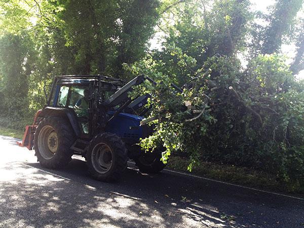 Highway work in Arundel