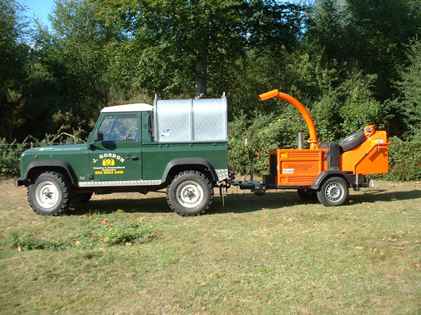 Landrover 90 and chipper